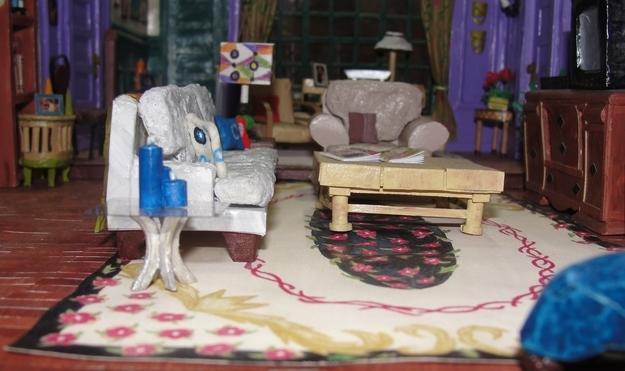 Egyszerűen minden stimmel - a kanapé, a párnák, a színek...