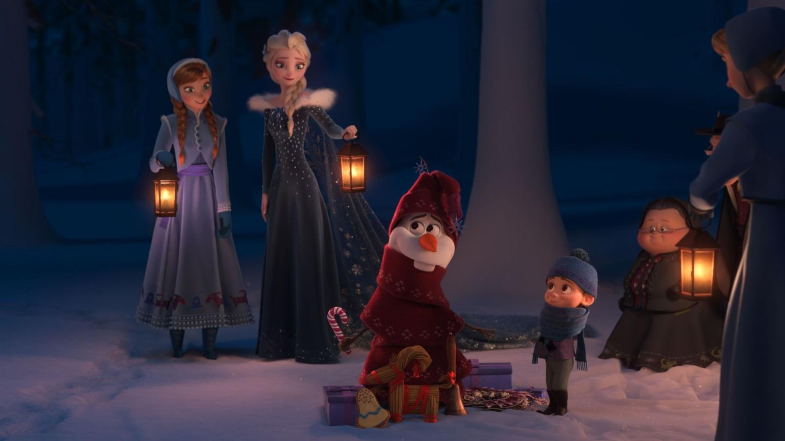 """Az eredetileg jéghideg szívű hercegnő karaktere gonosz, ám Elsa egy igen összetett személyiség, aki végül """"hőssé"""" válik a Disney 2013-as feldolgozásában. Óvatosnak és kiegyensúlyozottnak tűnik, mégis folyamatos félelemben él a képességeit és a személyiségét illetően. (Walt Disney Studios/Kobal/Shutterstock)"""