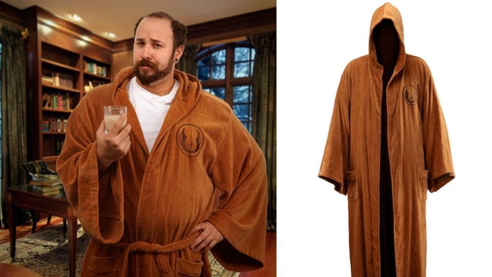 Ha szeretnél otthon minden nap Ben Kenobinak öltözni, itt a lehetőség - a barátnőd biztosan el lesz bűvölve a látványtól. (thinkgeek.com)