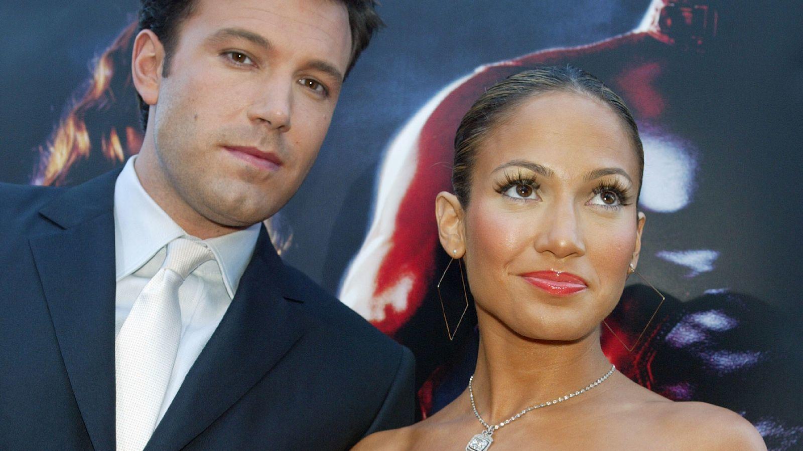 ...Ben Affleck-kel. Végül házasság helyett inkább szakítottak, és Ben egy másik Jen (Garner) mellett találta meg a boldogságot, de előtte még járt... (Getty Images)