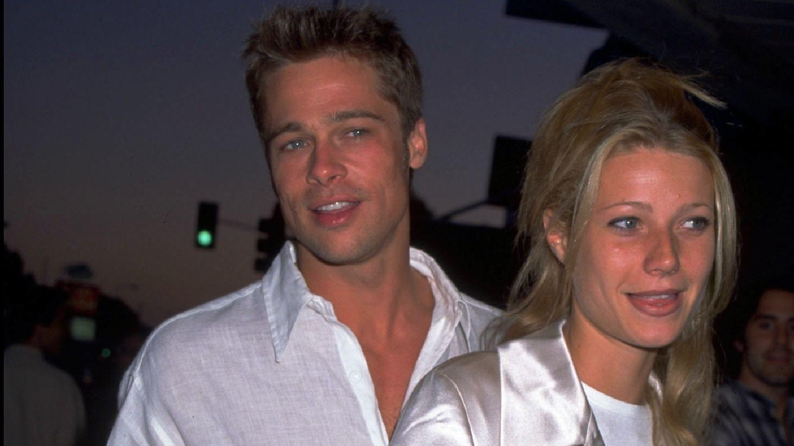 ...Brad Pittnek is. Brad egy időben nagyon odavolt a szőkékért, az első híres barátnője... (Getty Images)