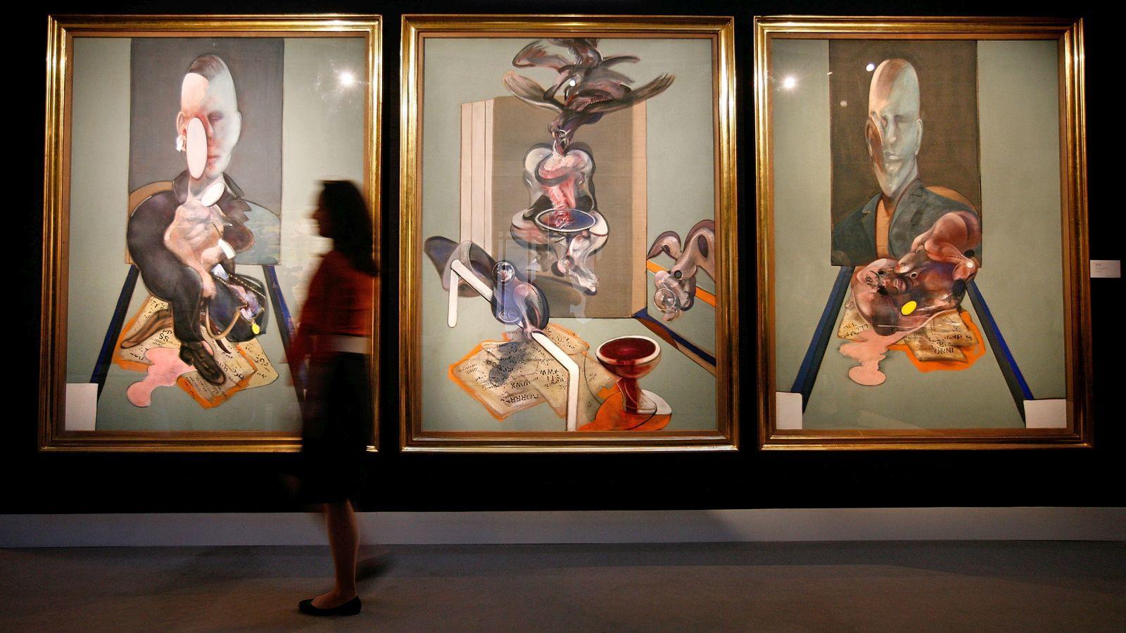 Nolan a Tate múzeumban osztotta meg a megoldás történetét: akkoriban nagyon érdekelték Francis Bacon festményei, és végül ez inspirálta a stábot Joker arcának kialakítását. Bacon egyik triptichonjában találtak egy hihetetlenül deformált arcot, ami döntőnek bizonyult. (Getty Images)