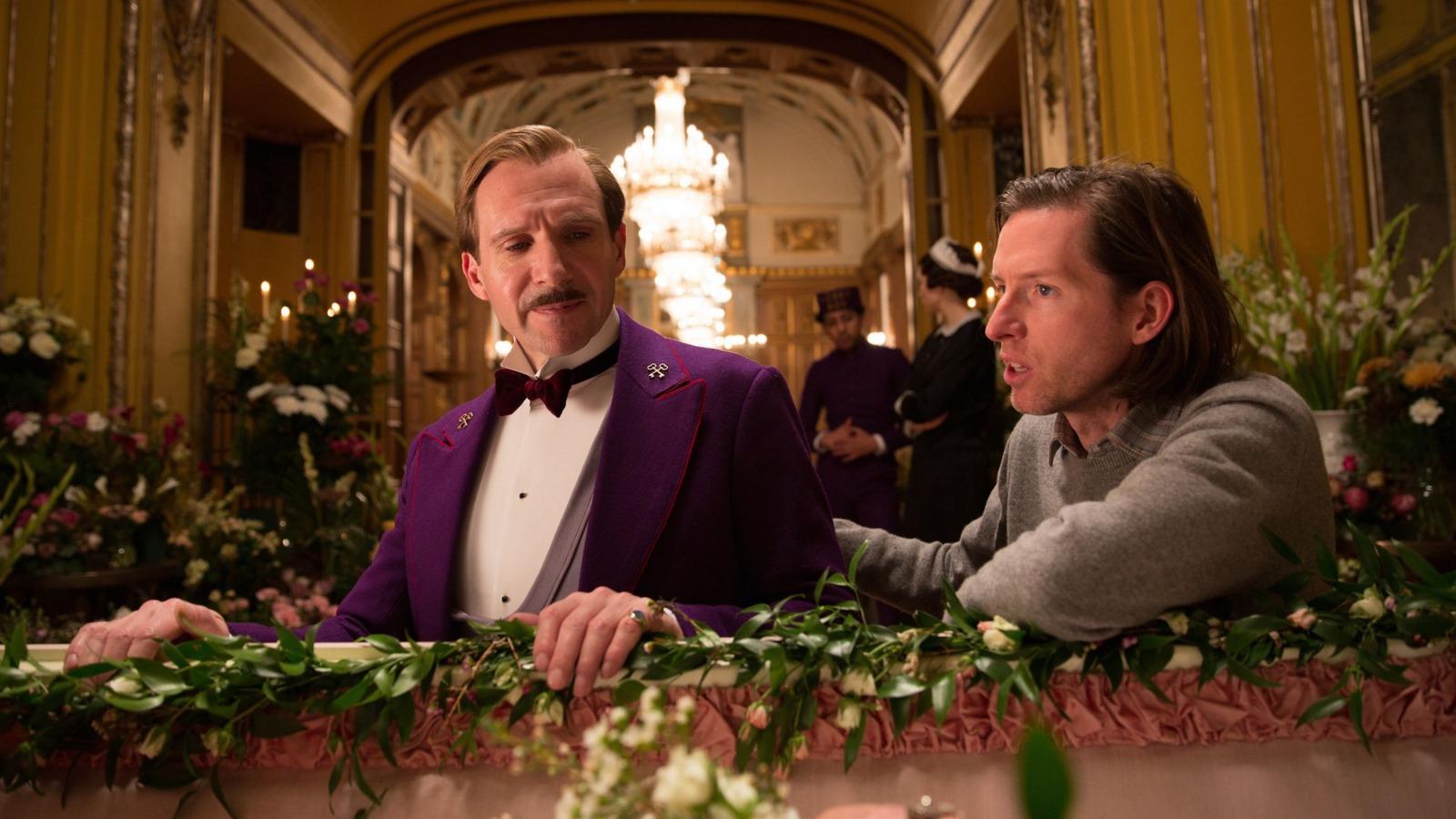 Az igen jellegzetes stílusú Wes Andersonnak egészen 2014-ig, A Grand Budapest Hotelig kellett várnia a legjobb rendezésért járó jelölésre, de díjat sajnos ő sem kapott. Pedig a Tenenbaum, a háziátok, a Holdfény királyság, vagy épp az Édes vízi élet is megérdemeltek volna egy-egy szobrocskát... (Fox Searchlight Pictures)