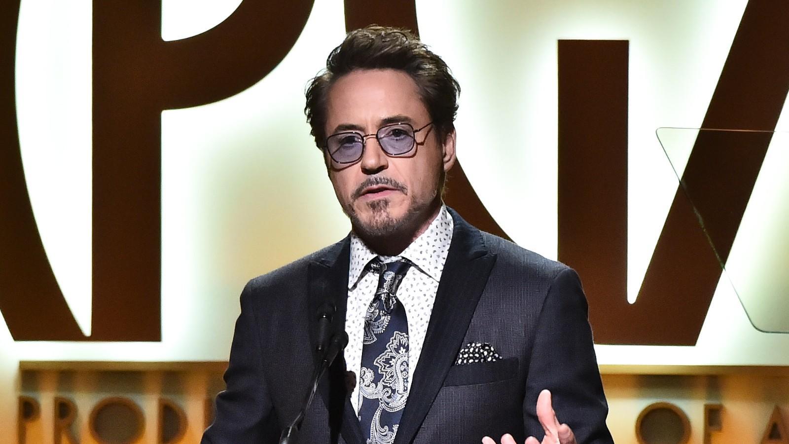 Robert Downey Jr. Tony Stark szerepére született, ám ha ehhez még hozzáadjuk a készülő Doctor Dolittle utazása című, 2020-ra belebegtetett moziját is, akkor a Vasember lassan eléri a kilenc nullások ligáját. (REX/ Shutterstock)