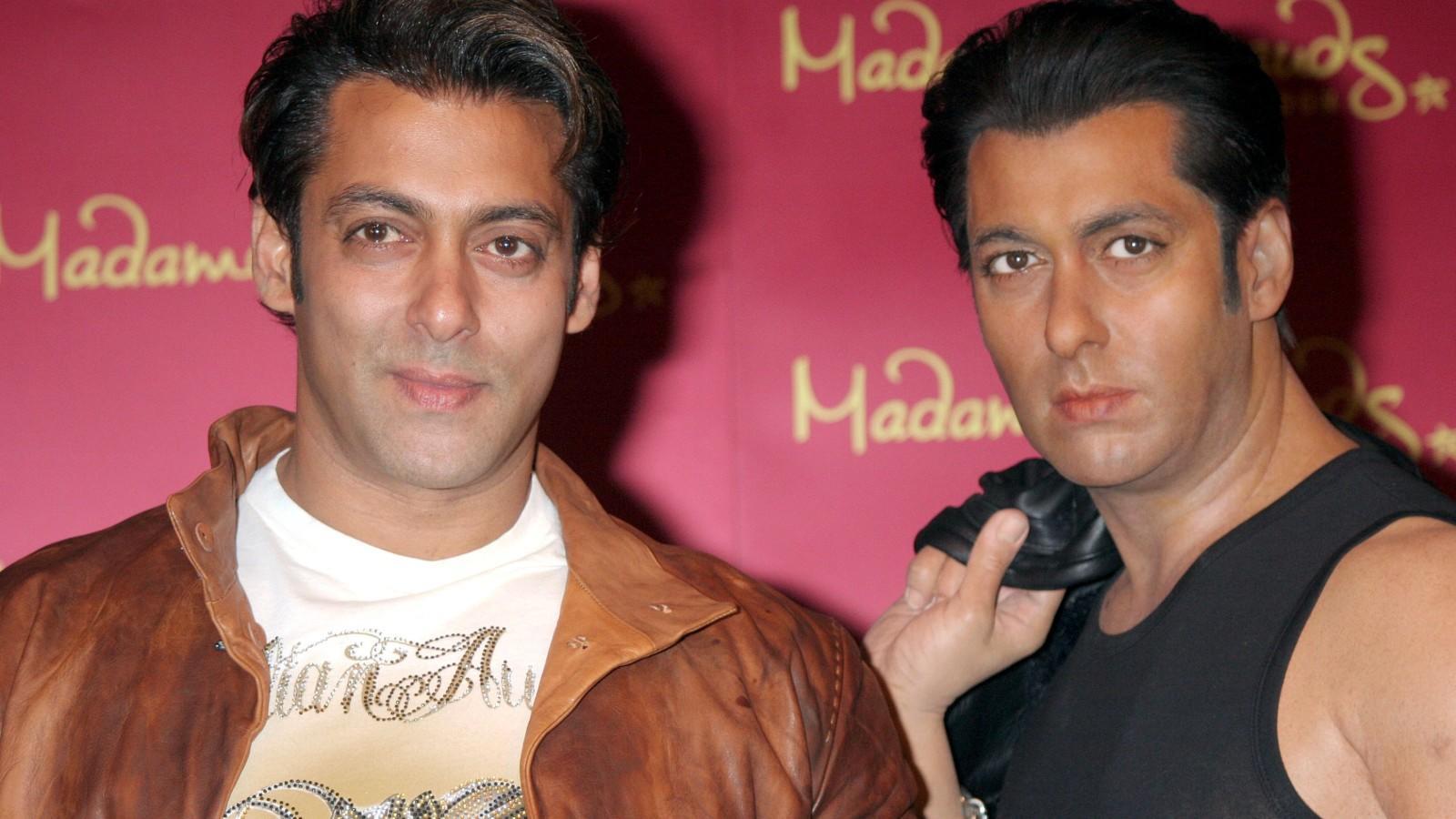 Az indiai Khannak a filmek mellett egyéb üzleti tevékenységei is szépen megalapozták a vagyonát. (REX/ Shutterstock)