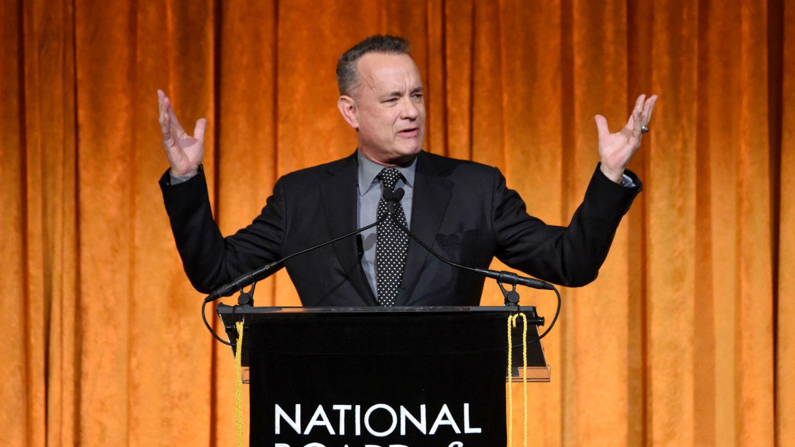 Őt se igen kell bemutatni. A producerként is ismert Tom Hanks ugyan beiratkozott a California State University-re, ám végül nem diplomázott le, helyette elment gyakornoknak a Great Lakes Theater Festivalra. A többek között számtalan remek dokumentumfilmet is jegyző színész két, az 1994-es Philadelphiában és az 1995-ös Forrest Gumpban nyújtott alakításáért kapott Oscar-díjat. (REX/ Shutterstock)