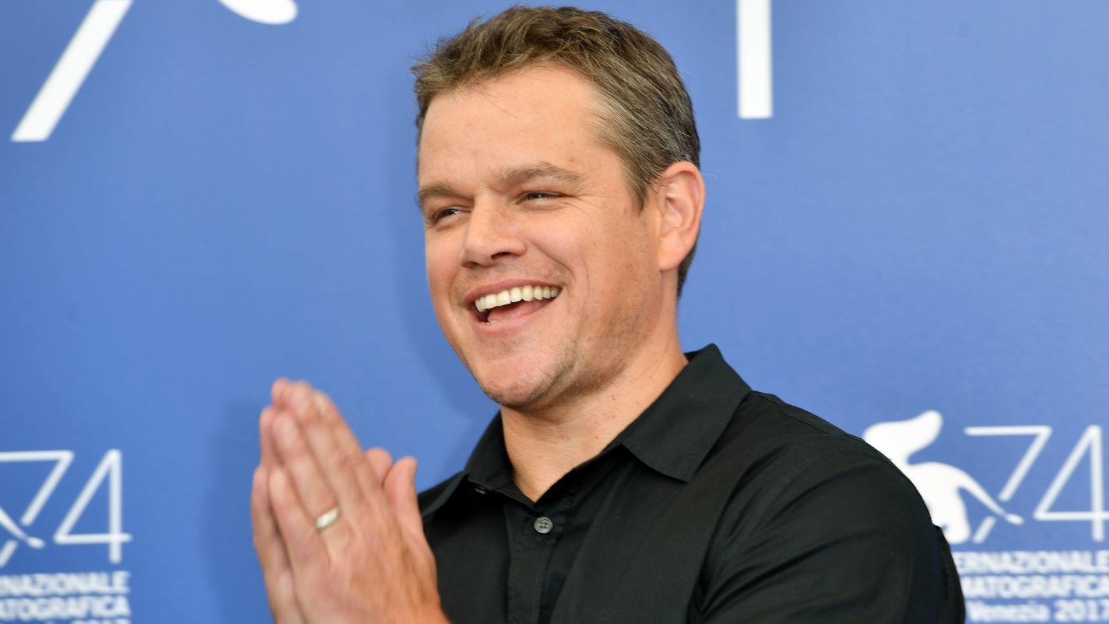 Matt Damont felvették a Harvard Egyetemre, de sose diplomázott le. A színész a Good Will Hunting című filmjével robbant be a köztudatba, amiért Oscar-díjat is kapott Ben Affleckkel közösen írt forgatókönyvükért. Damont főszerepéért 1997-ben jelölték a legjobb férfi színész címére is – amit végül abban az évben Jack Nicholson vitt el. (REX/ Shutterstock)