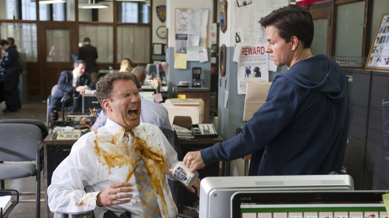 Mark Wahlberg és Will Ferrell két homlokegyenest ellentétes karakter, akiknek mégis egy csapattá kell összeállniuk ebben az őrült és abszurd komédiában. (Columbia Pictures)