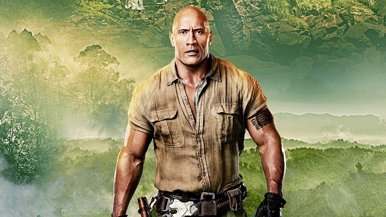 Johnson foggal-körömmel küzdött, hogy az új Jumanji film Hawaii-on készüljön, ezzel munkahelyeket teremtve a helyi közösségnek, akiknek a turizmuson kívül kevés lehetősége van jól fizető állásokat találni. (Columbia Pictures)