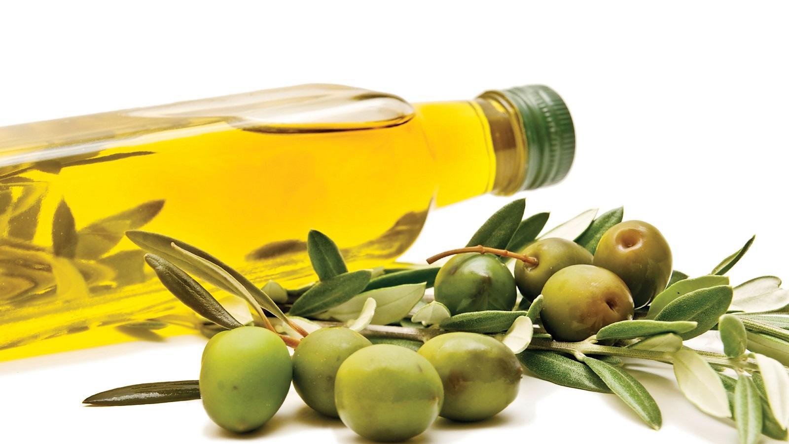 Az olívaolaj szintén remek E-vitamin forrás -  az antioxidáns segít az idegsejtek védelmében. (fitlista.com)