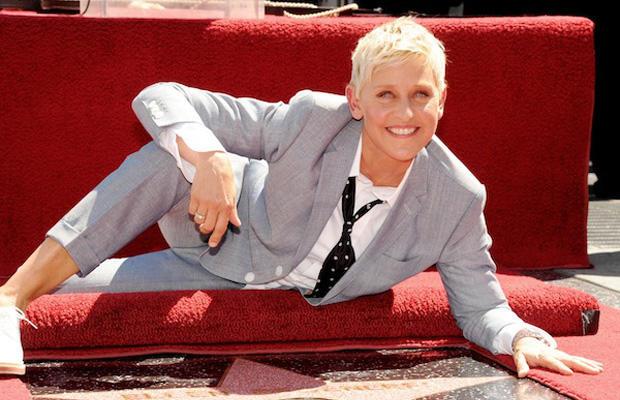 Phoebe szerepére először Ellen DeGeneres-t kérték fel, ám ő visszautasította a felkérést.