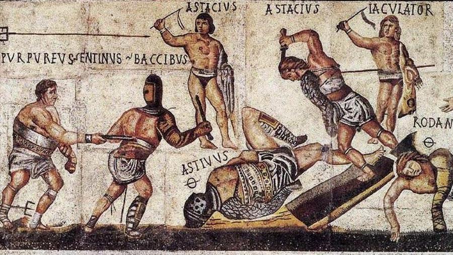 A temetéskor, a halottak tiszteletére rendezett viadalokból véres látványosság lett, a gladiátor küzdelem óriási eseménnyé nőtte ki magát a Római Birodalomban. Egy-egy gladiátor olyan rajongótáborral bírt, mint ma a sztárfocisták. Ugyan a harcosoknak kemény sors jutott, ám a játékok nem voltak oly véresek, mint ma sokan hiszik. Egy jobb harcos egy kisebb vagyonba került, ezért gazdáik nagyon vigyáztak az életükre. A küzdelmek egy hétig folytak, de tudunk hosszabb játékokról is. (Wikipedia)