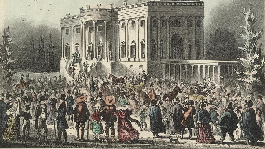 Az amerikai elnökök beiktatási ceremóniája nem egy túl izgalmas dolog, de nem úgy a korabeli celeb, Adrew Jackson első eskütétele. A beszéde után tartott nyílt fogadásra ezrek jelentek meg, hogy gratuláljanak az új elnöknek. Törtek-zúztak, hogy lássák Jacksont, a helyzet pedig még jobban elfajult, amikor alkoholt kezdtek el felszolgálni. A végén ki kellett menekíteni az elnököt, akit a Fehér Házból egy közeli szállodába vittek a rajongói elől. (Wikipedia)