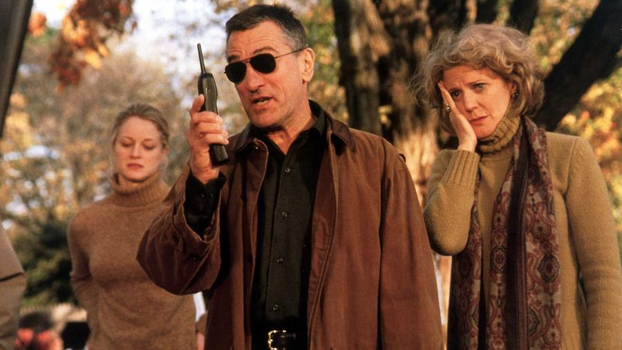 Igazi tapló vígjáték, ami már csak Robert De Niro miatt is igazi klasszikussá avanzsált. Noha, Ben Stiller figurája se semmi, de a filmet a De Niro megformálta Jack Byrnes karaktere tette igazán naggyá. (Moviestore Collection/Shutterstock)