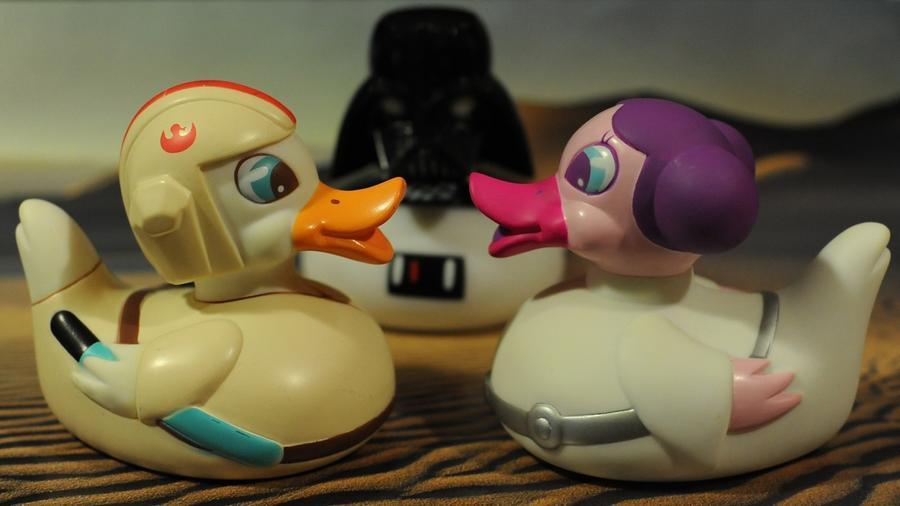 Egy hosszabb kádfürdő alatt előadhatod a kedvenc Star Wars filmedet, ha ráérsz!(duckshow.com)