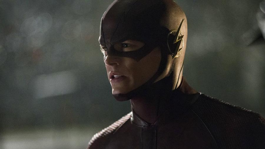 """""""A nevem Barry Allen. Én vagyok a világ leggyorsabb embere."""" - ez a két mondat egyfajta főhajtás a sorozat alapjául szolgáló képregény felé, hiszen A VIllám kalandjait gyakran ezek a szavak vezetik be.(The CW)"""