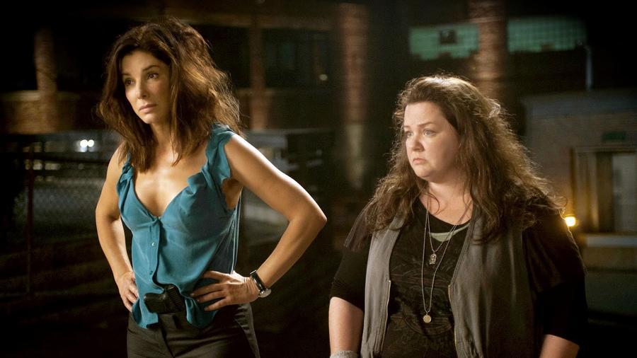 Sandra Bullock a végletekig pedáns és szabályzatkövető FBI-ügynököt összehozza a sors a Melissa McCarthy által megformált bárdolatlan, olykor rém bunkó, ám kőkemény bostoni járőrrel. Az eredmény pedig egy olyan páros lesz, akiken csak visítva lehet röhögni. (20th Century Fox)