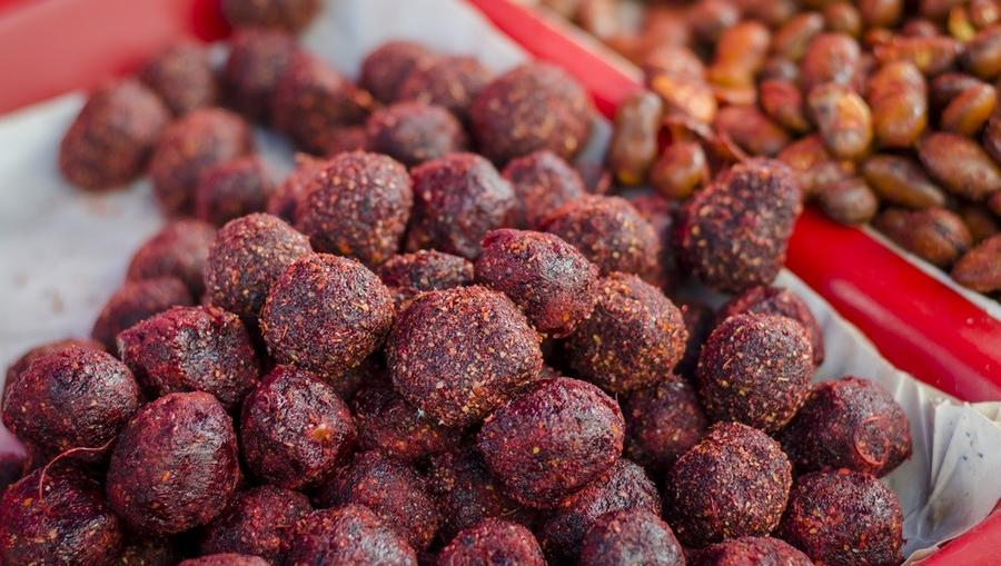 Mexikóban street food, nekünk különleges édesség! Édes tamarind golyók chilivel, hogy igazán pikáns legyen. (Shutterstock)