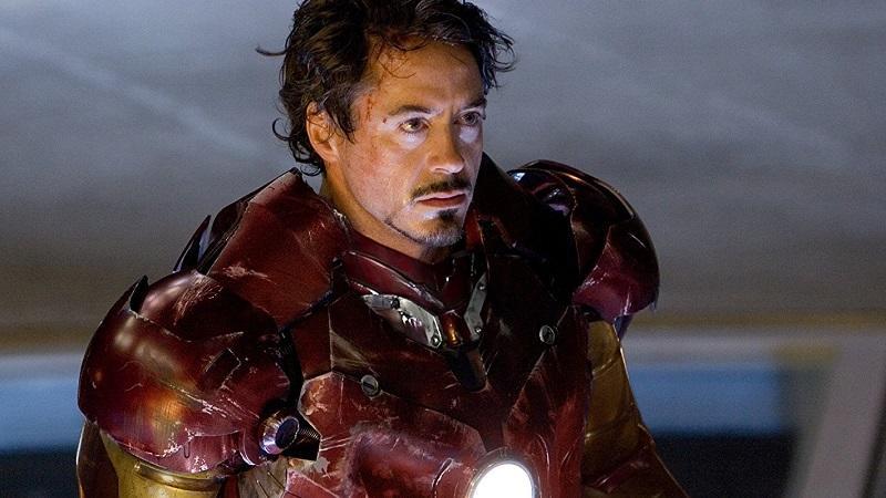 A szuperhős mozikban általában fiatal színészek szerepelnek, mint Chris Evans, Andrew Garfield és Chris Hemsworth, de Downey a Vasember 3 forgatásakor 48 éves volt, így tényleg ő az egyik legöregebb szuperhős. Ami persze nem befolyásolja képességeit. (Marvel)