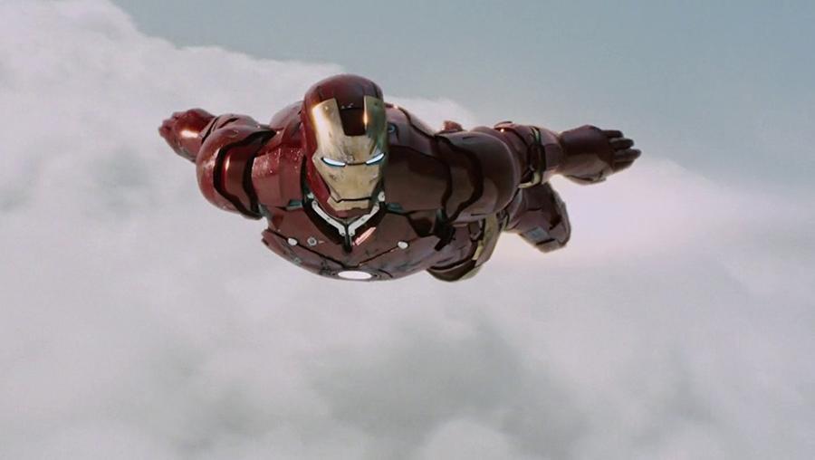 Az első Vasember film forgatókönyve még nem készült el teljesen, amikor elkezdődött a forgatás. Volt egy terv a történetről és az akció jelenetekről, de a párbeszédeket nagyjából forgatás közben alakították ki a színészek. A rendező, Jon Favreau szerint ez is hozzájárult a film természetes bájához. (Marvel)