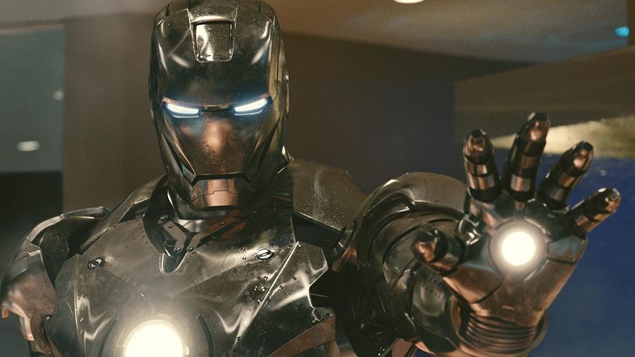 Majdnem 2 évtizedbe telt, míg elkészült a Vasember film.  Eredetileg a Universal Pictures tervezte a történet megfilmesítését 1990-ben, de aztán eladták a jogokat a 20th Century Fox-nak. Aztán ők is továbbadtak rajta, a New Line Cinema javára. Végül a Marvel Studios úgy döntött, hogy saját maga fogja mozivászonra vinni a történetet, így elkészítve az első saját finanszírozású filmjüket. (Marvel)
