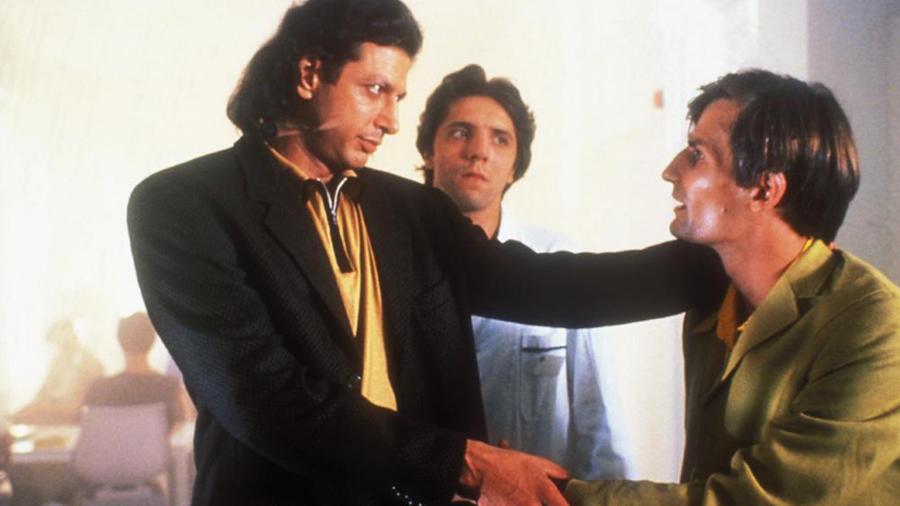 Kevesen tudják, hogy Jeff Goldblum is eljátszotta egyszer az ördögöt a Mr. Gonosz című filmben. (AAA Productions9