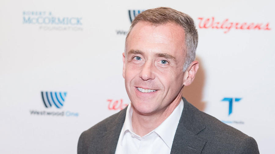 Steve Brady (David Eigenberg) most